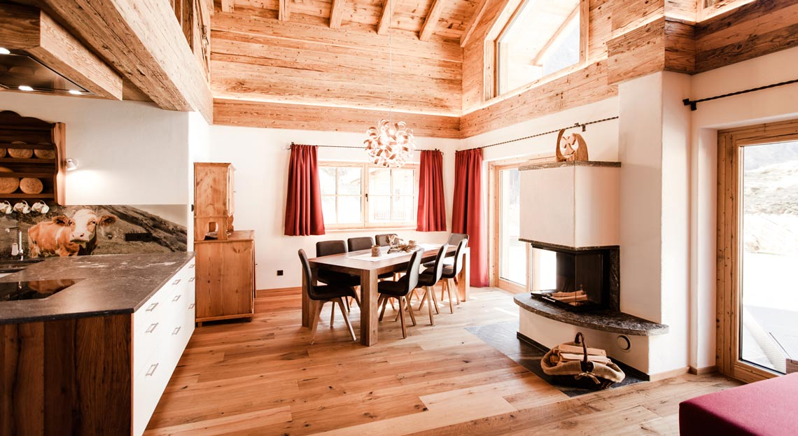 Alpenchalet Rauris offen Küche und Wohnbereich